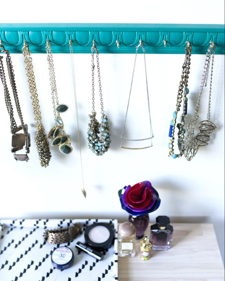 cute jewelry holder